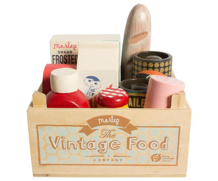 Vintage food, 9 pieces
